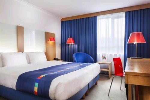 Hire Rothesay Suite Park Inn By Radisson Birmingham West