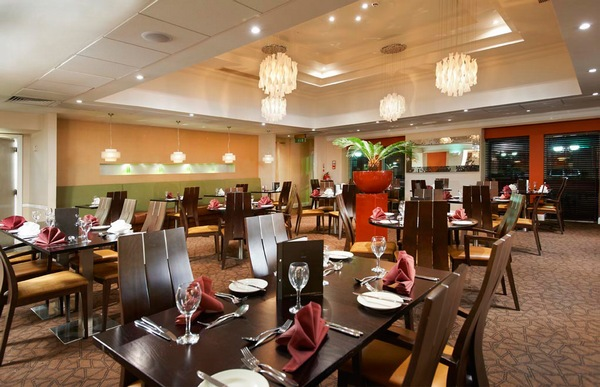 Hilton northampton private party venue function room hire for Dining room northampton